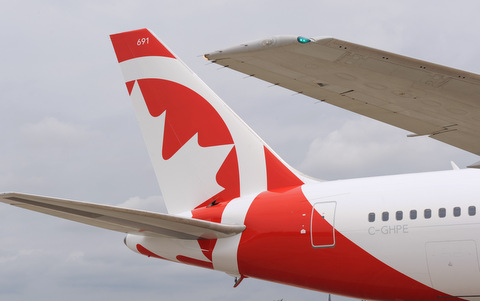 rouge b767 300 tail 2